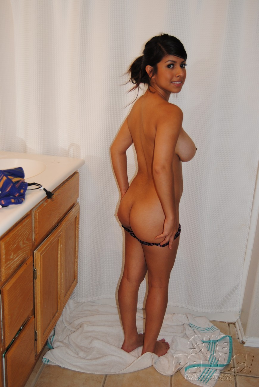 terms naked latina girlfriends in the shower busty naked latinos ...