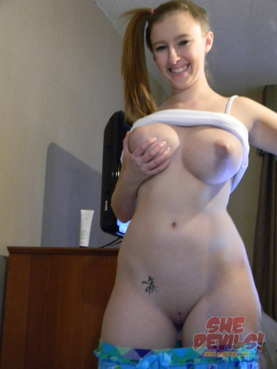 hot nude self mom